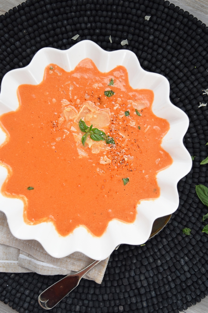 Tasty Tomato Basil Soup Recipe